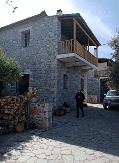 3 houses in Agios Dimitrios