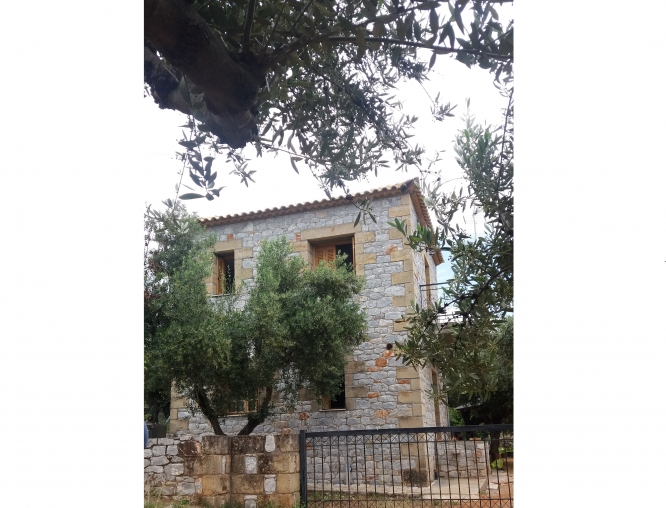 Detached house - 160.000 euro.